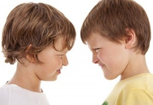 resolver conflictos, escuela de padres, educación, educar, psicología infantil