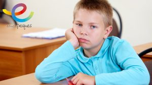 TGD, TEA, autismo, autista, niño autista, sindrome de autismo, escuela de padres