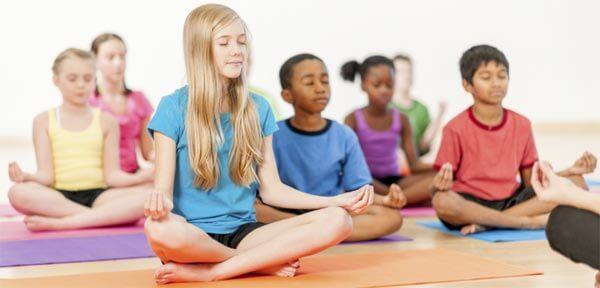 yoga para niños hiperactivos