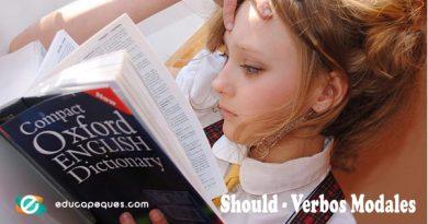 Should – Verbos Modales