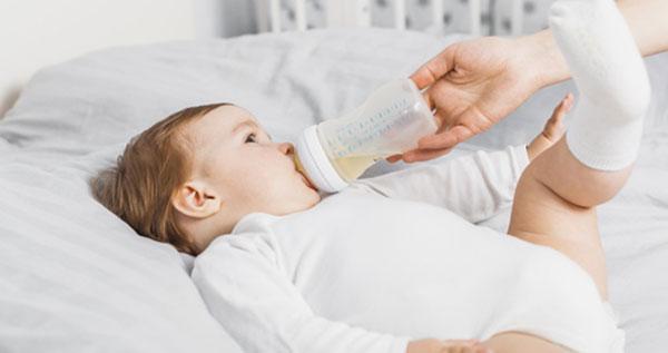 amamantar a un bebe