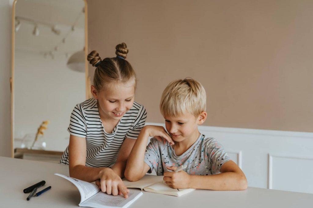 Las tareas escolares son fundamentales en la educación de los niños y adolescentes